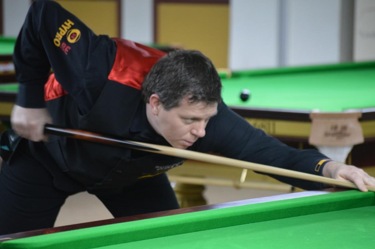 Belgium v England in Masters semi